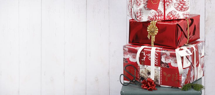Christmas gifts, advent gifts and gift wrapping