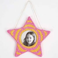 A star-shaped Frame covered with Foam Clay